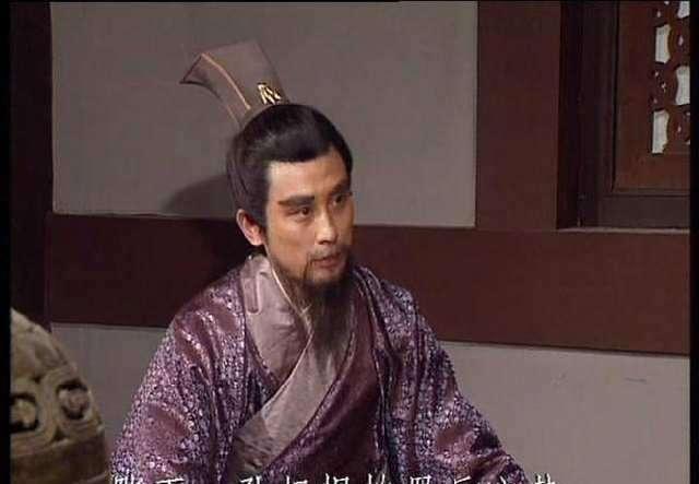 趣历史:董卓麾下最强智将,三谋使天下大乱,毒谋不下贾诩